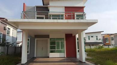 Freehold , Gated , Huge 2 Sty Bglo Hse ~ Paya Rumput Perdana
