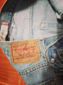 Levis 505 jeans W 31 L 46 ref Jly 07