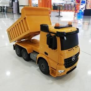 Lori pasir with remote control dump truck