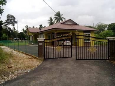 Pintu Padang, De Afza Homestay