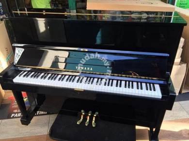 Piano Yamaha U1D Upright