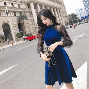 Blue black long sleeve lace prom dress
