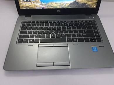 Intel core i7 like new with warranty HP laptop
