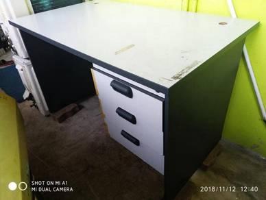 Office Desk ( Large )