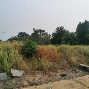 Enstek Nilai Jentayu Banglo Lot Near Masjid & Infra Ready