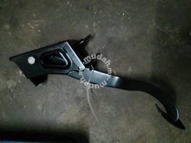 Clutch Pedal pam Wira 1.8