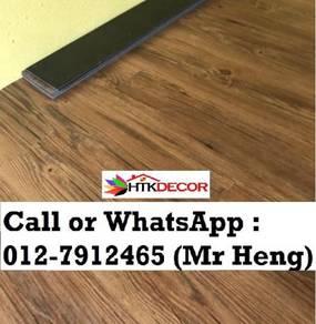 PVC Vinyl Floor In Excellent Install 35LP7