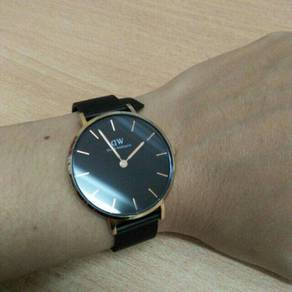 Daniel Wellington DW Classic Petite Watch