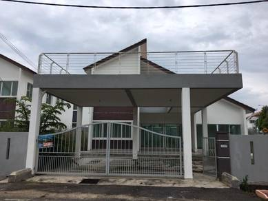 FREEHOLD ' Gated ' Bungalow Taman Nuri ,Durian Tunggal Melaka