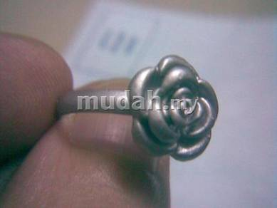 ABRSM-R002 Woman Classical Rose Adjustable Ring