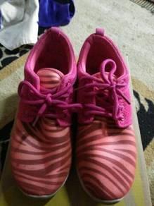 Sport shoe's nk diletgo