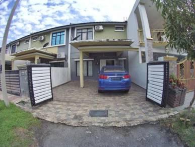 For sale : double storey saujana rawang