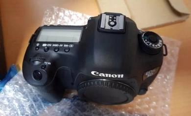 Canon EOS 5D Mark III 24 105 Lens