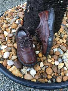 Shoes hush puppies