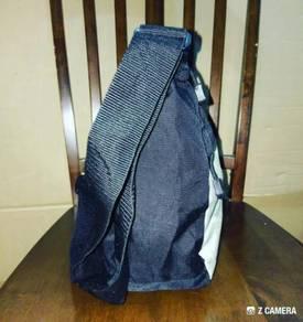Cross Body Bag Modern Amusement