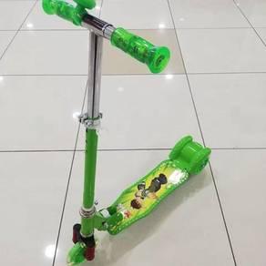 Kids scooter large ben 10