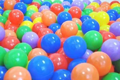 Plastic Play Balls ( B1001 ) 100pcs