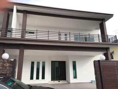 Tmn Gunung Lambak~ 2.5 Stry Semi-D House.Renovated