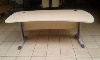 Office table Code:OT-237