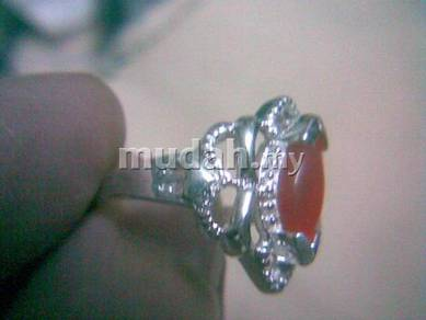 ABRS9-C013 Cat_s Eye CZ Bead Silver Ring - Red