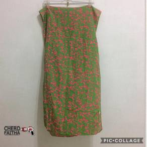 Kain selendang polyester green-pink camouflage de