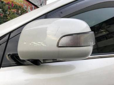 Toyota harrier mcu30 ori side mirror cover signal