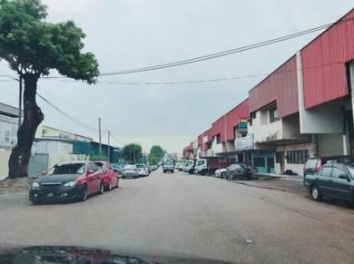 Jalan Seroja 39 / Johor Jaya / SEMI D FACTORY / low price / ware house