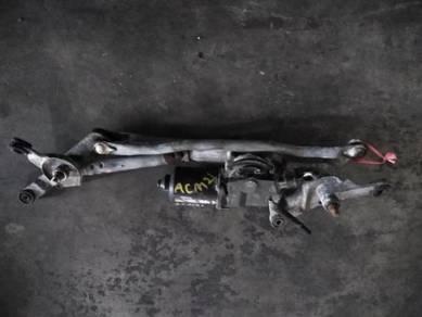 Toyota Ipsum ACM21 Wiper Motor