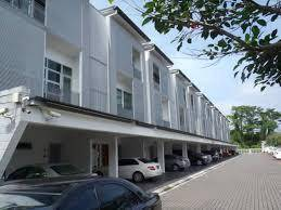 Lush Residences Upper unit