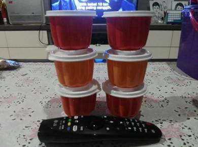 Tupperware Jellete Set