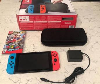 Nintendo Switch - 32GB with Neon Red