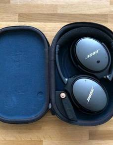 Bose QuietComfort 25 Acoustic Noise Cancelling
