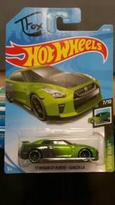 HotWheels '17 Nissan GT-R(R35)-Guaczilla Green