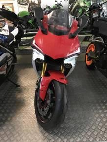 Yamaha r1 cbr1000 zx10 r6 zx636 cbr600