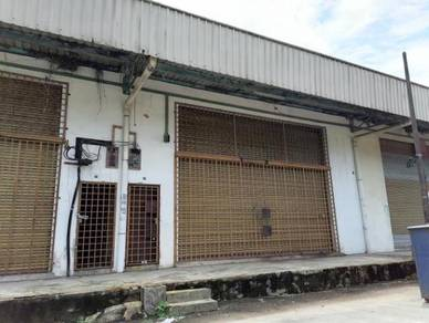 CHEAP RENTAL- Factory Lima kedai