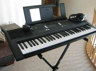 Yamaha PSR-E343 Touch-Sensitive Portable Keyboard