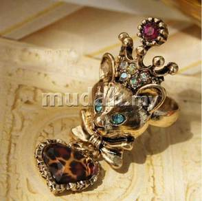 ABRB-F001 Vintage Noble Crown Fox Heart Ring AS