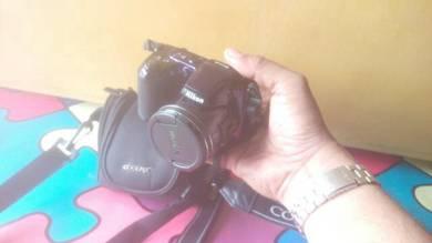Haiii. kamera nikon coolpix L810 untuk dijual.