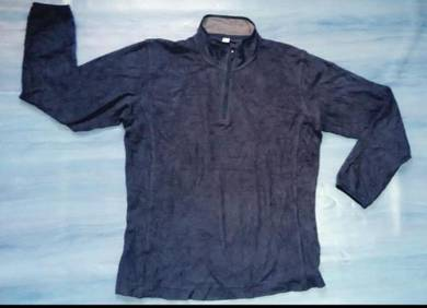 Sweater UNIQLO (M) free pos