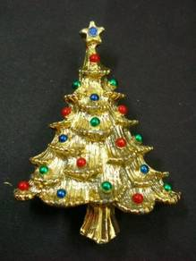 H014 Vintage Brooch Christmas Tree Signed Gerry's?