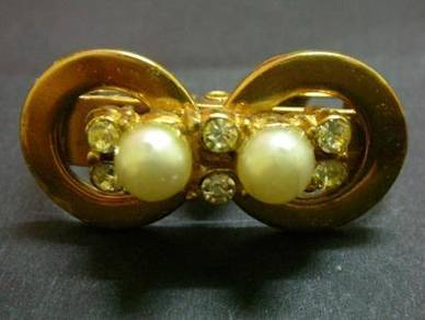 H042 Vintage Brooch