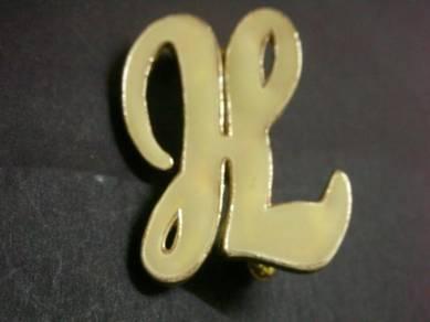 H021 Vintage Brooch