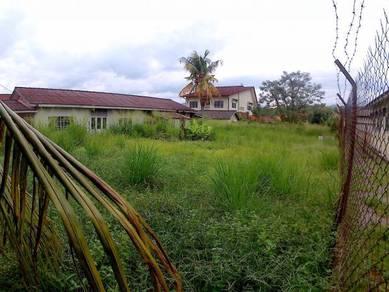 For SALE Bungalow Lot at Kampung Sentosa, Paroi(LARGE SPACE)