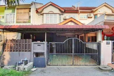 Double storey terrace house taman baiduri, banting