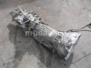 JDM 4x4 MMC pajero Vbody 4M40 AT Gear Box
