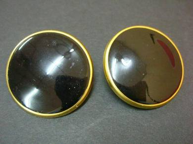 E046 Vintage Black Earrings