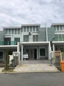 (Facing Playground Extra Parking) Bandar Seri Sendayan, Nusari Aman 2