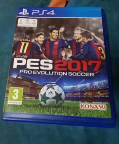 Used PS4 PES 2017 & J Stars Victory