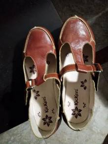 Kickers ladies leather shoes size 36 new