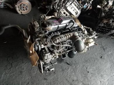 Kia Pregio 2.7L J2 Engine with Gearbox